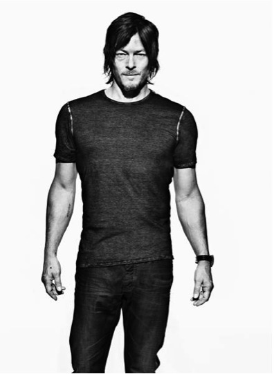 shoulders_skatz-hates-norman-reedus