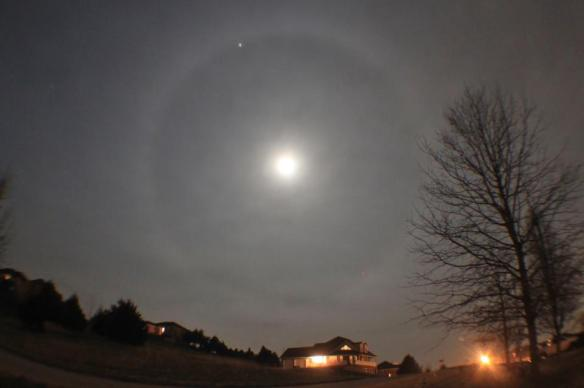 moon_halo_Jupiter_12-23-2012_Danny_Crocker-Jensen_Wardsville_MO