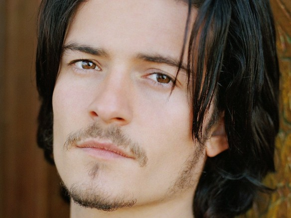 Orlando Bloom Wallpaper @ go4celebrity.com
